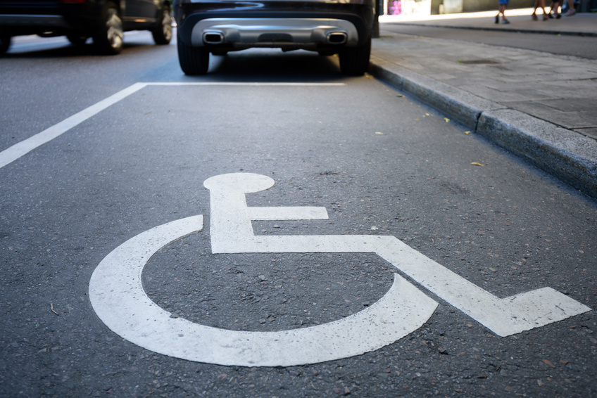 Handicap stationnement