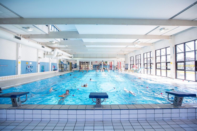 Mairie de carquefou for Centre sportif terrebonne piscine