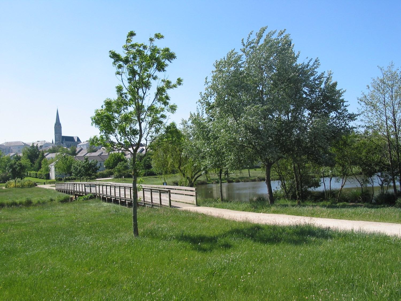 La ville recrute for Piscine de carquefou